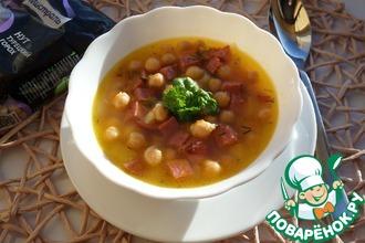 Суп с нутом и копченой колбасой