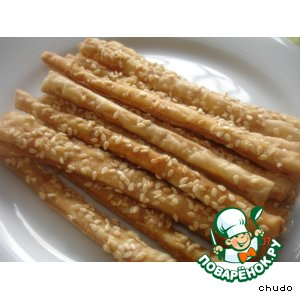 Соленые палочки с кунжутом под пиво