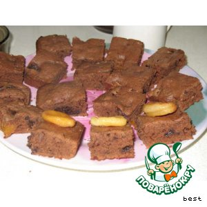 Шоколадные пирожные с черносливом и курагой