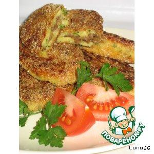 Картофельные палочки в сухарях с мясом
