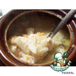 Картофель с мясом в горшочке