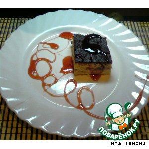 Творожник с клубникой и клубничным соусом