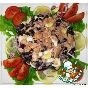 Салат из красной фасоли с тунцом