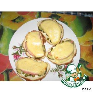 """""""Просто завтрак""""-запеченные бутерброды с ветчиной"""