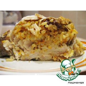Рыба, фаршированная рисом с изюмом