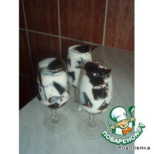 Кубики кофейного желе в молоке