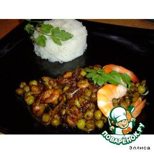 Рисовая вермишель с креветками по-китайски
