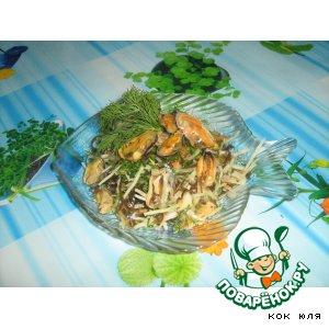 Капустно-мидийный салат