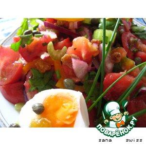 Салат   овощной   с   изюмом   и   каперсами