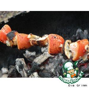 Овощи и картошечка в соусе на огне