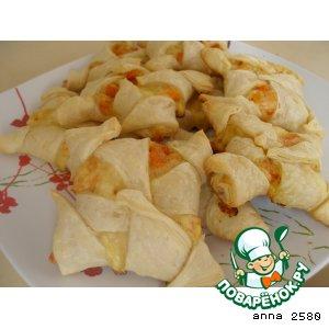 Слоеное печенье с тыквой и сыром