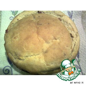 Хлеб с луком, беконом и грибами