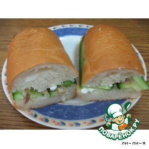 Бутерброд с творогом и скумбрией