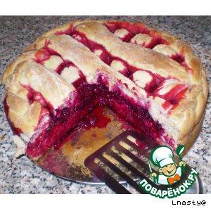 Пирог со свеклой и клюквой
