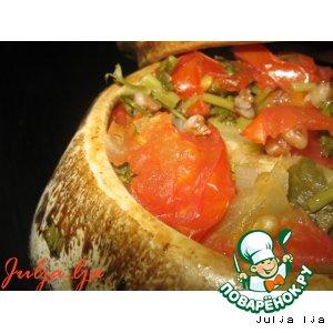 Гречка с печенью и овощами в горшочке