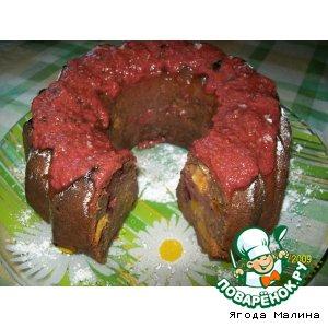 Шоколадный кекс со сливами и нектаринами