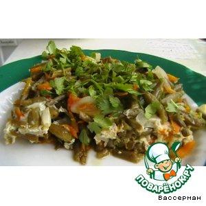 Фасоль зеленая тушеная с овощами