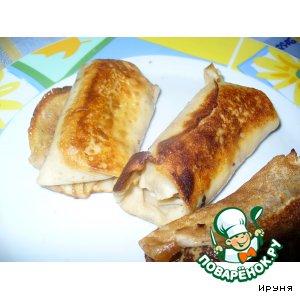 Блинчики с сосиской и сыром