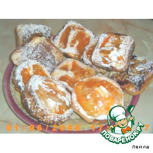 Творожно-абрикосовые ватрушки