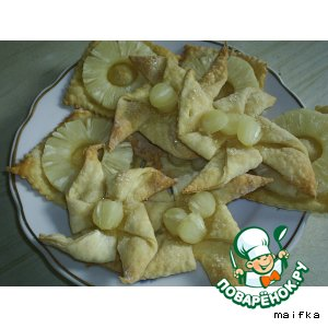 Слоечки с ананасами