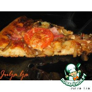 Пицца с баклажанами и копчeным мясом