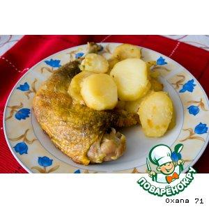 Окорочка цесарки с картофелем и розмарином