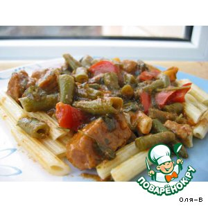 Мясной соус с зеленой фасолью