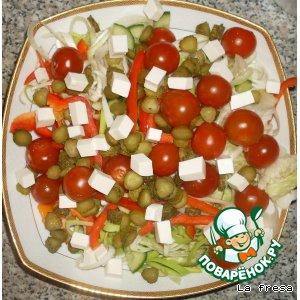 Овощной салат с фетаксой