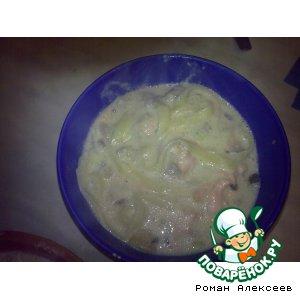 Паста в сливочно-чесночном соусе с форелью и вешенками