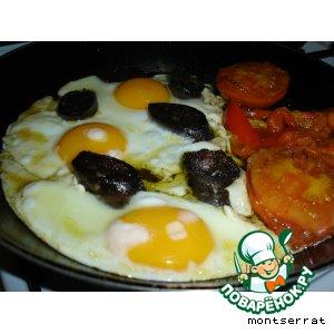 Морсийя, жаренная с яйцами