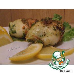 Кальмар с сыром и шпинатной начинкой