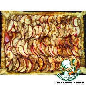 Грушево-яблочный слоеный пирог