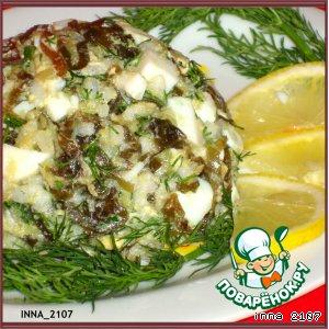 Салат из морской капусты с авокадо