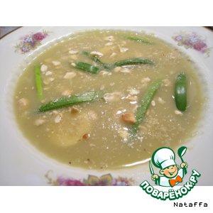 Суп-пюре с орехами по-индийски