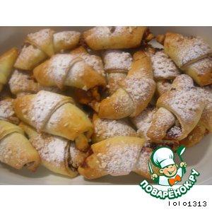 Рогалики с клюквенно-ореховой начинкой