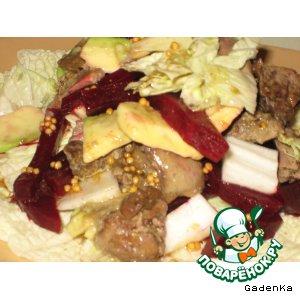Салат из куриной печени и свеклы