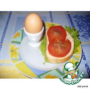 Бутерброд с помидором