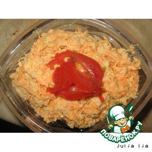Салат из моркови с сыром и орехами