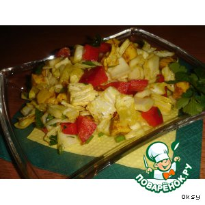 Салат из куриного филе с карри