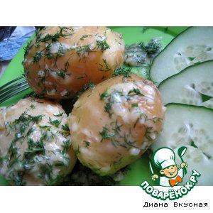 Молодой картофель с чесноком и укропом