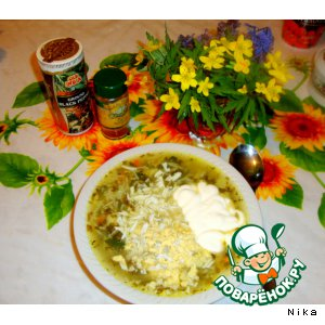 Вермишелевый суп с крапивой