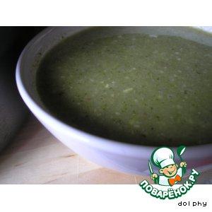 Суп из брокколи с кедровыми орешками