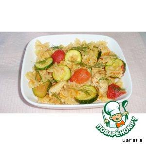 Бантики с куриным филе и овощами