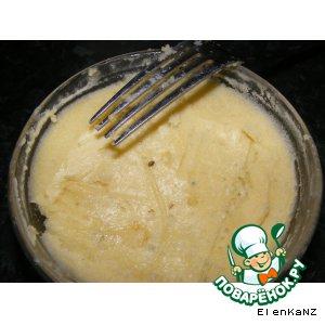 Сливочный соус с чесноком и голубым сыром для стейка