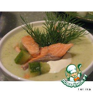 Крем-суп из кабачков с форелью