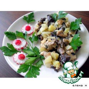 """Картофель, запеченный с куриным филе и опятами """"Ужин от лентяйки-2 """""""