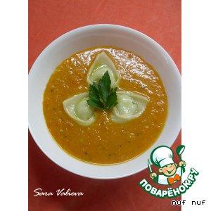 Тыквенный суп-пюре с равиоли
