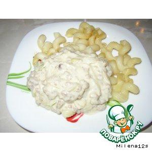Мясной соус с сельдереем и плавленым сыром