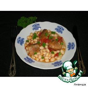 Фасоль с мясом из духовки