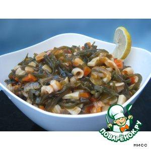 Солянка из морской капусты и кальмара